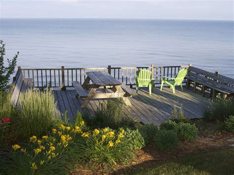 Whimsical Cottage Directly On Lake Michigan Vrbo