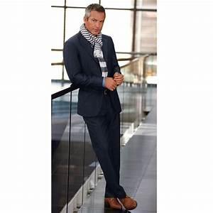 6b8555f18f Costume Gris Chaussure Marron. costume gris chemise et cravate ...