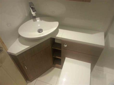 interior oval corner white sink    white