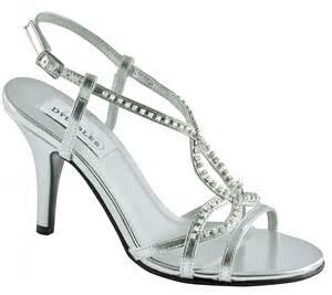 bridesmaid shoes silver bridesmaid shoes ipunya