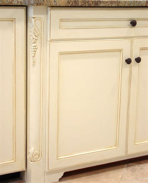 Are Painted Kitchen Cabinets Durable?   Arteriors