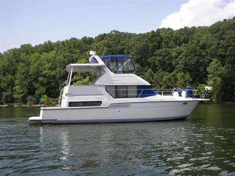 Carver Boats For Sale Nz by Flybridge Carver Boats For Sale 8 Boats