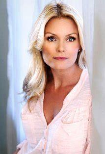 actress brad kelly celebrity interview former baywatch star mom kelly