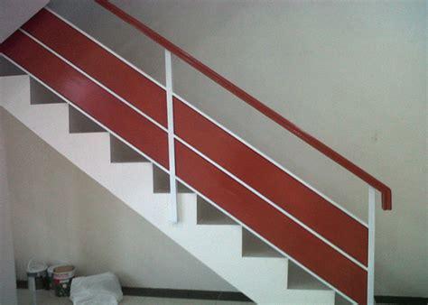 model railing tangga  balkon foto gambar rumah