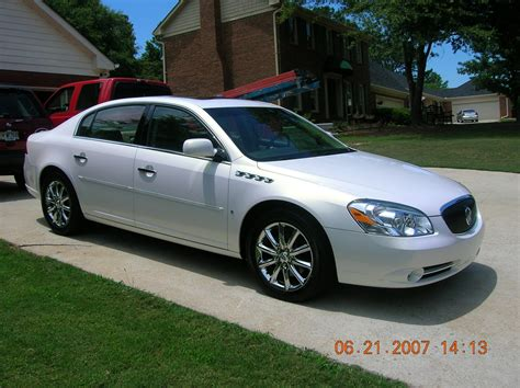 buick lucerne overview cargurus