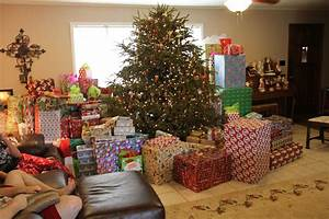 Lots Of Christmas Presents Under Tree | www.pixshark.com ...