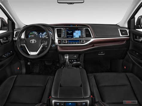toyota highlander hybrid interior  news world