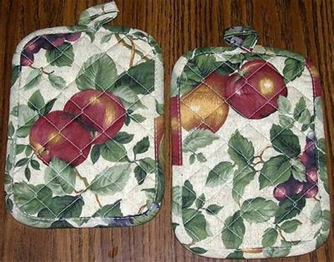 2 kemp beatley sonoma orchard fruit pot holders potholders