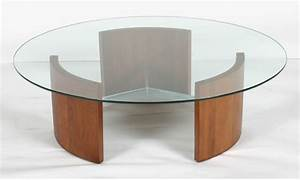 Wood and glass coffee table wood glass top coffee tables for Wood coffee table with glass insert
