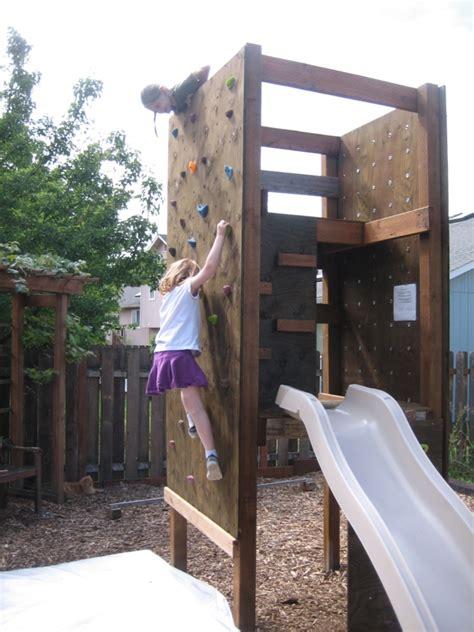 Kletterwand Im Kinderzimmer Freude Und Gesundheit