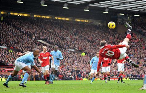 rooney wayne scores kick manchester overhead derby goal astounding win premier league utd monumental shut winner against down united