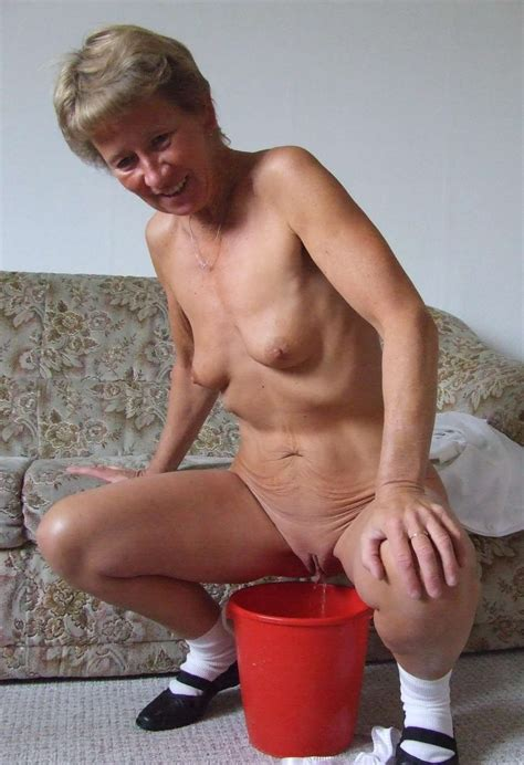Sexy Grannies Naked Christiana Naked Granny Pisses In