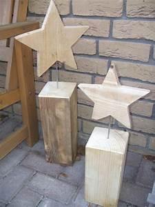 Weihnachtsdeko Basteln Für Den Tisch : holzsterne auf holzsockel f r den garten basteln pinterest garten ~ Whattoseeinmadrid.com Haus und Dekorationen