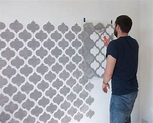 Tapete Geometrische Muster : die 25 besten ideen zu wand streichen muster auf pinterest geometrische wand wandfarben ~ Frokenaadalensverden.com Haus und Dekorationen