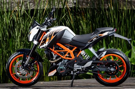 Review Ktm Duke 390 by 2015 Ktm 390 Duke Ride Review