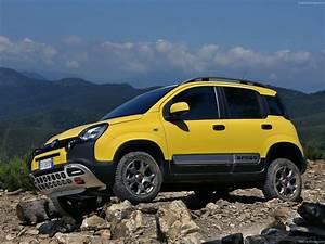 Fiat Panda Jaune : 2014 fiat panda cross italian suv jaune wallpaper 1600x1200 395017 wallpaperup ~ Gottalentnigeria.com Avis de Voitures