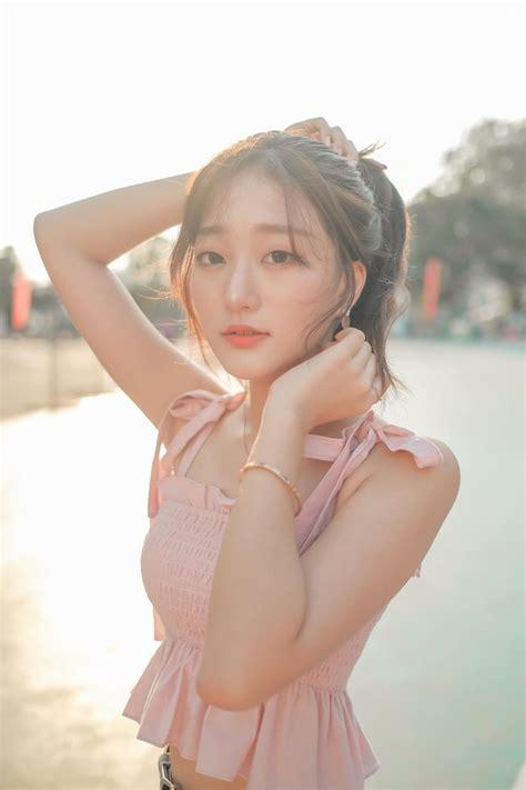 Korean cute girl Haeun Hana - Afternoon stroll around city ...