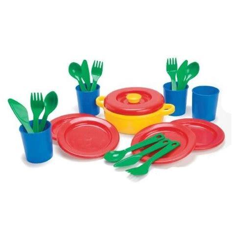 cuisine en bois jouet occasion dinette 22 pieces 4 couverts jouet achat vente