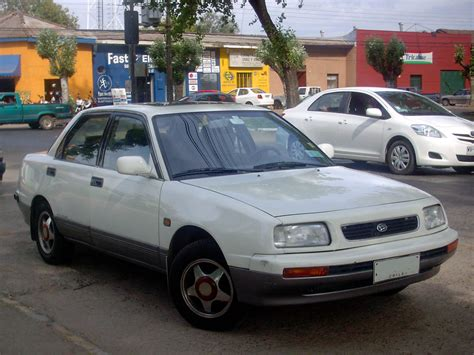 File:daihatsu Applause 1.6 Xi 1995.jpg