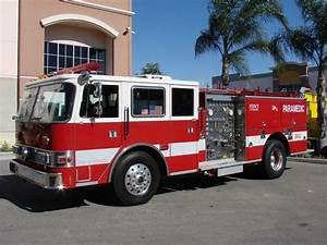 Pierce Fire Engine Picture   13   Reviews  News  Specs  Buy Car