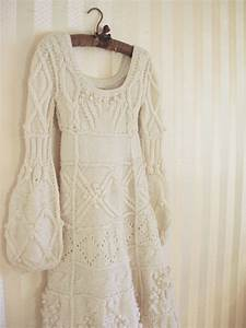 a wedding blog With knit wedding dress