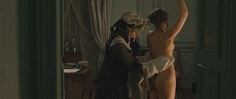Vera Farmiga Nude Pics Page