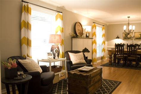 Spring Time Porch Primping How To Decorate A Living Room With Fireplace In The Middle Wall Canvas Design Of Ceiling Yellow Walls Decorating Ideas For Small Space Next Directory Edinburgh Set Menu Sets Conns