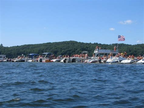 Boating In Wisconsin by Boating In Brainerd Minnesota Vacationing Takes All