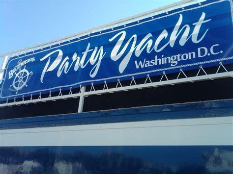 boomerang yacht nighttime party sail