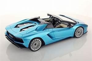 Lamborghini Aventador S Roadster 1:18 | MR Collection Models  Lamborghini