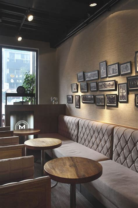 cafe interieur best 25 cozy cafe interior ideas on pinterest cafe shop