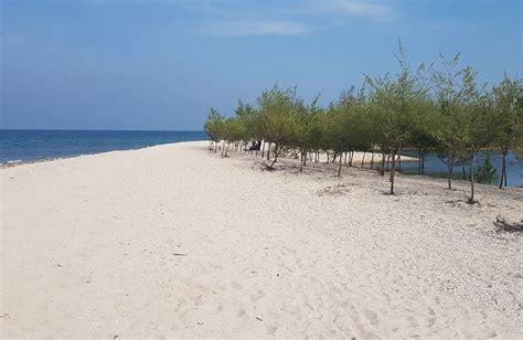 pantai pasir putih remen tuban jawa timur paket wisata