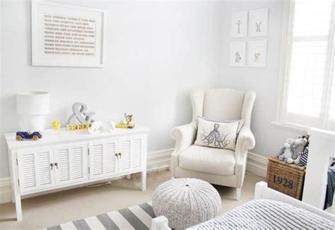 78 best idées à propos de fauteuil chambre bébé sur