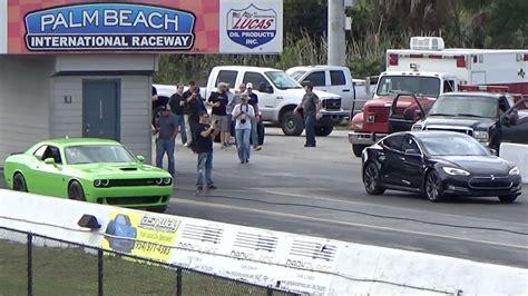 Tesla Model S P85d Sets 1/4 Mile World Record, Hellcat