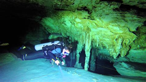 is it cave diving or cavern diving for scuba divers