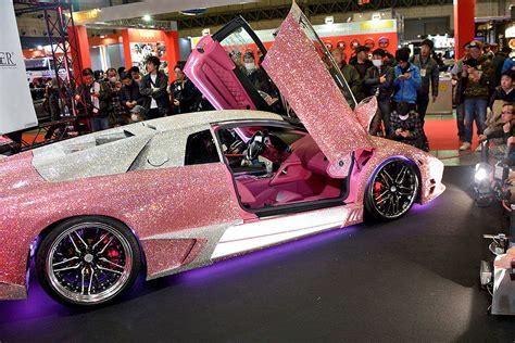 tokyo auto salon  tuning mit viel glitzer bilder