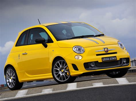 2019 Fiat 695 Abarth Tributo Ferrari  Car Photos Catalog 2018