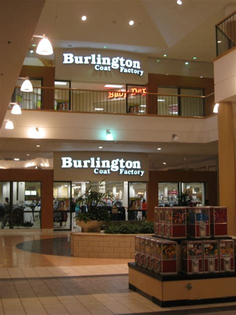 Labelscar: The Retail History BlogStratford Square Mall ...