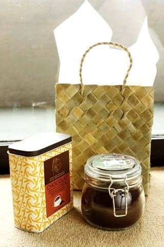 gift ideas for principal sponsors with goodie bayongs