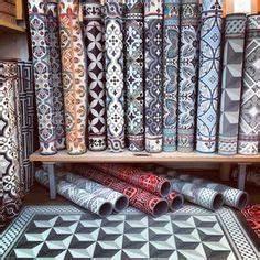 Tapis Vinyl Salon : carreau ciment vinyl recherche google tapis de vinyl imitant les carreaux de ciment ~ Teatrodelosmanantiales.com Idées de Décoration