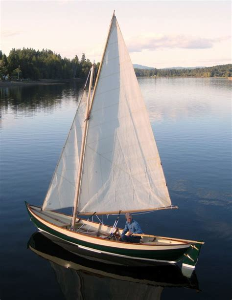 Small Boat Sailing by 416 Best Boats Small Sailboats Images On