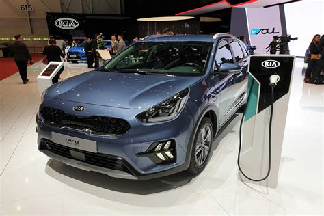 Facelifted 2019 Kia Niro Hybrid And Plug-in Hybrid