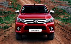 2015 Toyota Hilux Invincible Double Cab - Wallpapers and