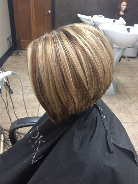 Honey Blonde With Warm Neutral Lowlight Haircut