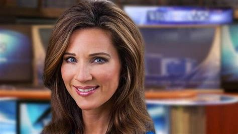 Reporter/anchor Leaving News
