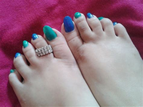 Comfortable Amazing Unique And Funky Nail Designs For Girls