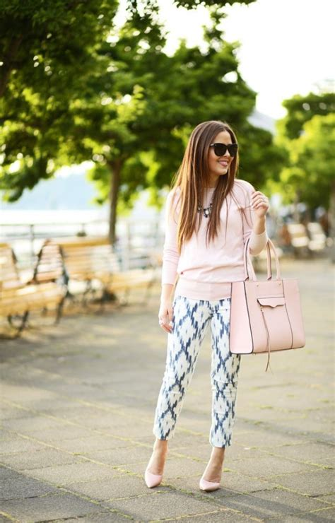 dressing tips  petite woman style