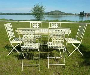 Table Fer Forgé Jardin : salon de jardin en fer forg tables chaises bancs ~ Teatrodelosmanantiales.com Idées de Décoration