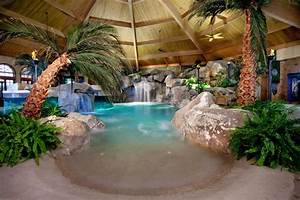 Cool Pools ST LOUIS HOMES & LIFESTYLES