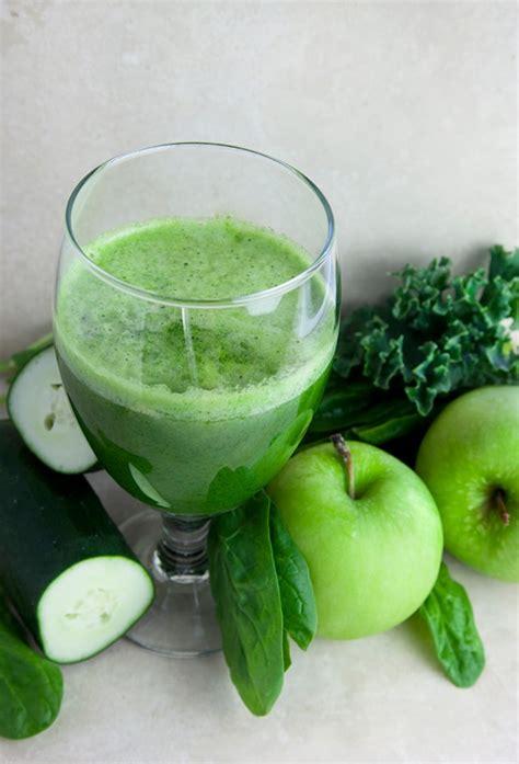 green detox juice recipe young  raw
